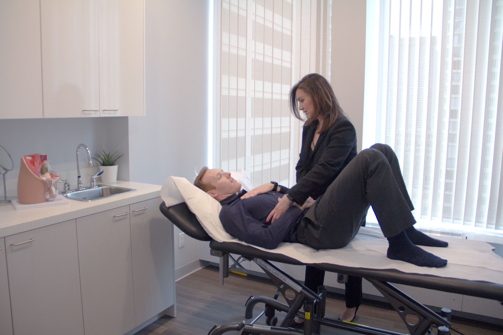 Pelvic-floor-pain-treatments-by-physiotherapists-in-toronto
