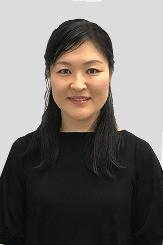 Akari-Yokokawa-RMT-Registered-Acupuncturist-V